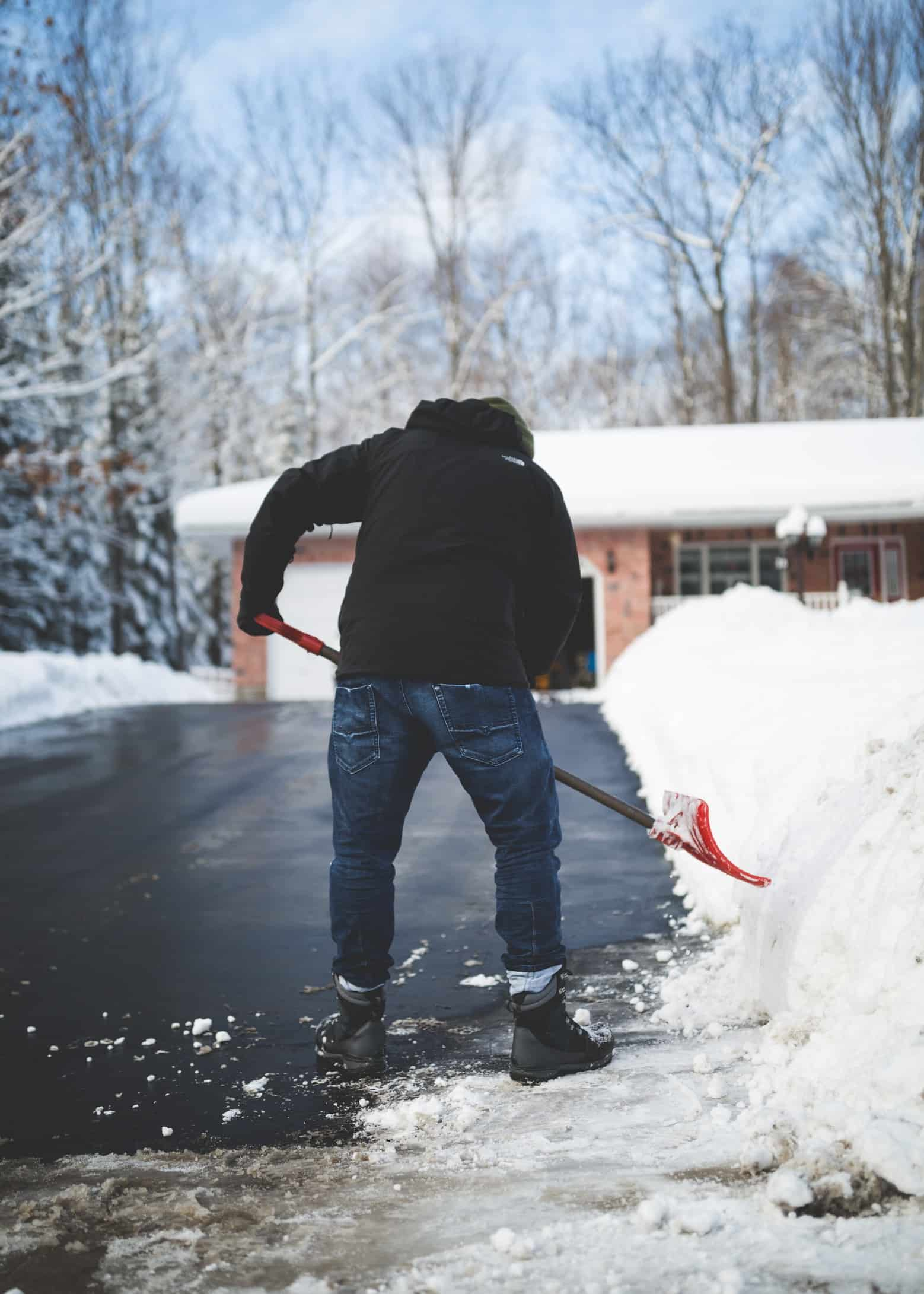 snow shoveling tips Massachusetts mcneill management.com McNeill & Son Contracting Group